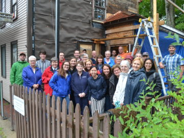 Longyear staff visits Spencer-Peirce-Little Farm